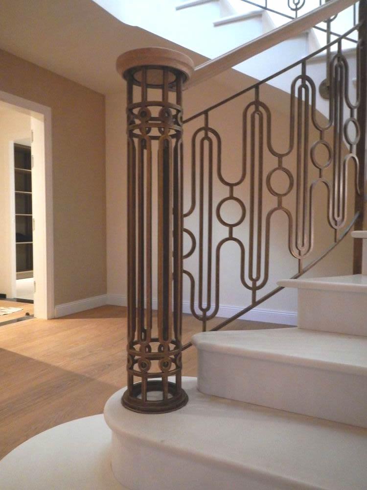 Détail rampe escalier création ferronnerie Labbé